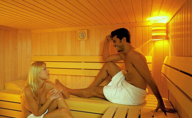 Dora Hotel Sauna Innen